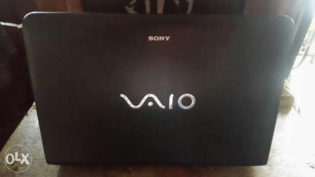 UK used Sony E series laptop for sale 500GB/3GB Ram with very cheap an Ikeja - image 1