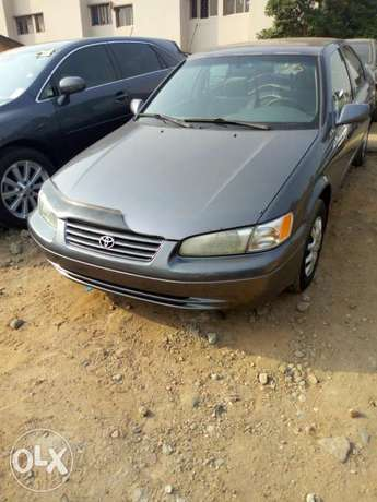 Toyota Camry Tiny Light 99Model Very Clean Lagos Clear Perfectly Drive Ikeja - image 1
