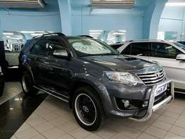 Toyota Fortuner 3.0 D4D R/B Auto