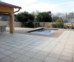 Guaranteed quality paving /driveways & parking areas.