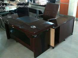Executive office table with extention