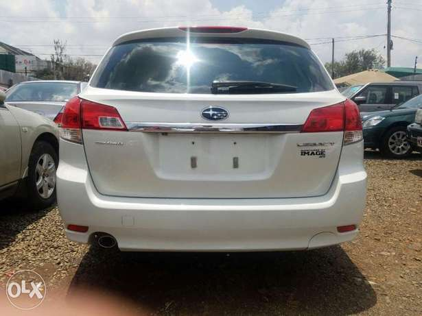 Subaru Legacy Excellent Condition Hurlingham - image 4