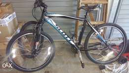 Scott Bicycle with Shimano Gears
