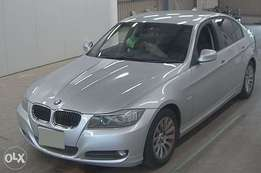 BMW 3 series silver colour 2010 model leather interior clean condition