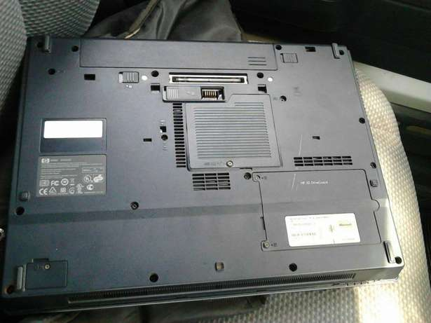 good and clean HP laptop. Core 2 Duo, 1.8ghz,Ram 1gb, windows 7 profes Nairobi South - image 2
