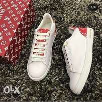 Cool white LV unisex sneakers
