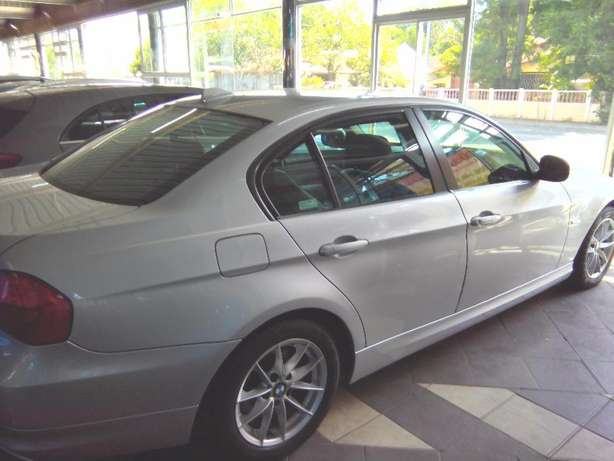 2011 BMW 3 Series 320i Start (e90) Rustenburg - image 2