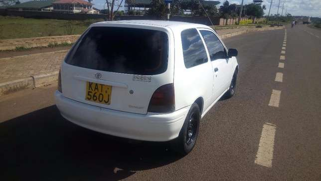 Toyota Starlet,Manual,Very Clean Thika - image 3