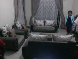 Eve oval arm seven seater