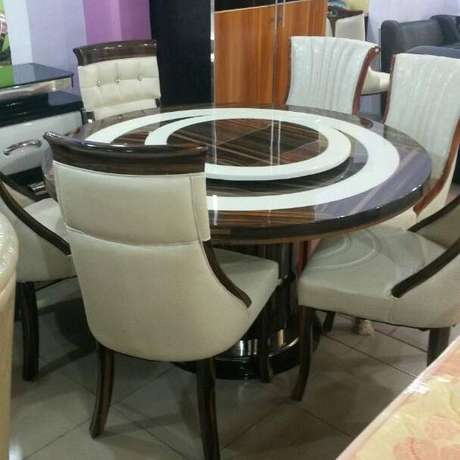 Executive round marble dining for 6 setter Ojo - image 1