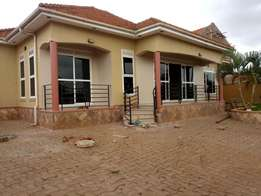 A three bedroom standalone house for rent in najjera