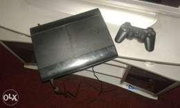 Cracked PS3 Ultra Slim