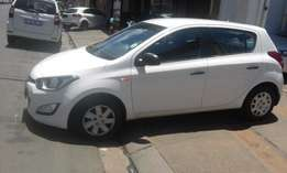 Hyundai i20 1.6 white in color 2014 model 54000km R118000