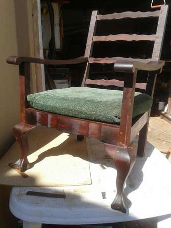 Two lovely Mahogany Ball & Claw Lounge Chairs Brakpan - image 3
