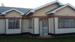 New Year Sale.. 3bedroomed hse Eld with sq..