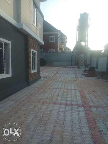 Executive 3bedroom flat 2 in a compound at liberty estate for Rent Enugu North - image 1