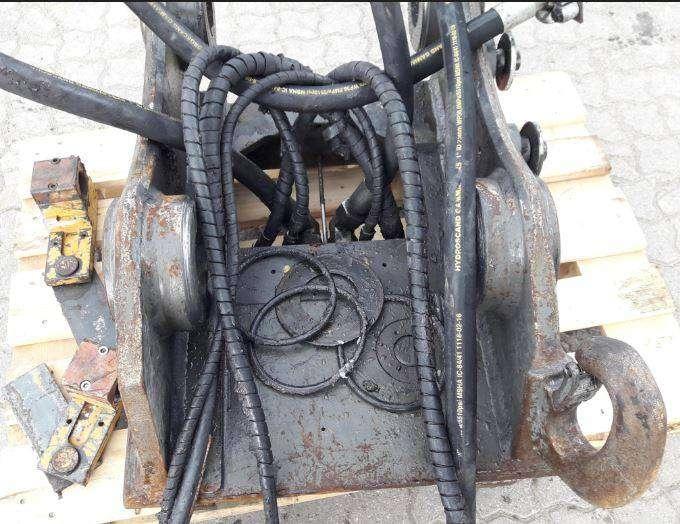 Quicke Oil - 2011 - image 2