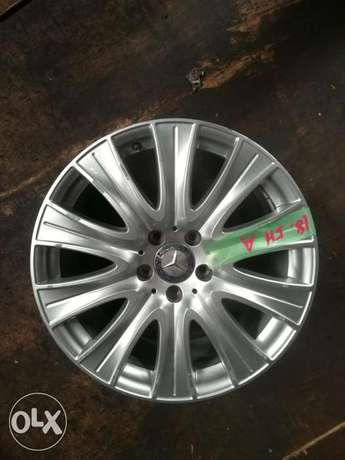 """Mercedes 18"""" Rims Made in Italy Industrial Area - image 2"""