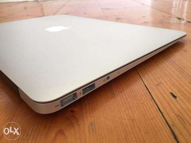 Apple Macbook Air Core i5 2gb ram 64gb ssd Lagos Mainland - image 8