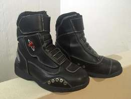 Ladies size 5 motorcycle riding boots