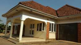 house fo sale in bweyogerere