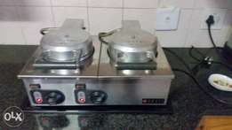 Double Waffle maker, mint condition