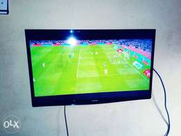 Fairly used 32 inches flat screen TV