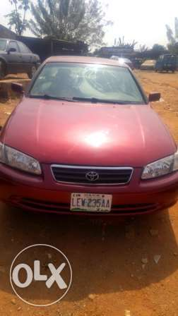 super-clean Toyota camrry Droplight Osogbo - image 2