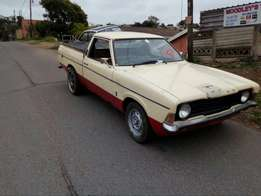 Ford cortina 1976 bakkie stripping for spares