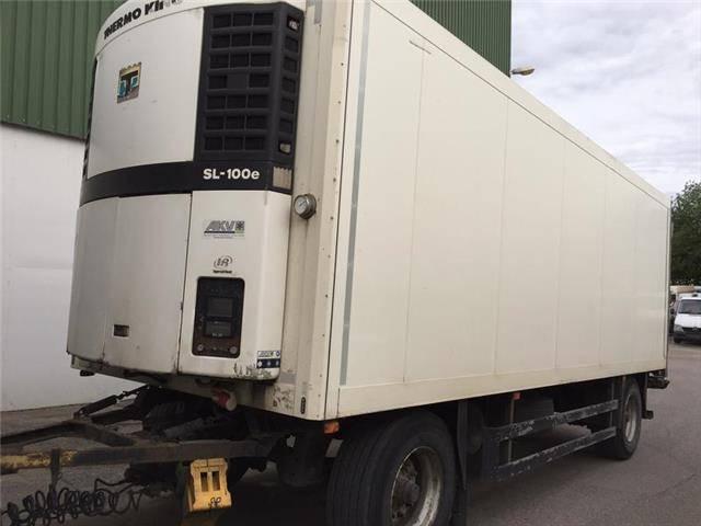 Schmitz Cargobull KO18 TK SL100 Diesel+Strom Trennwand LBW - 2003
