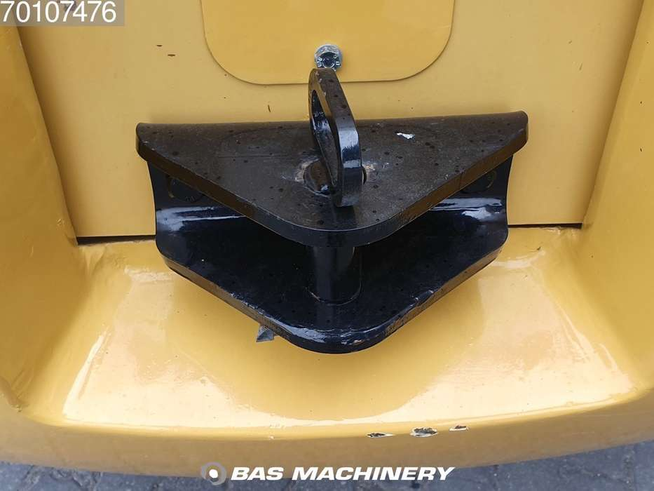 Caterpillar TH417C Bucket and forks - 2014 - image 13