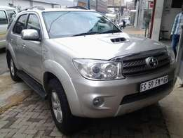 2011 Toyota Fortuner 3.0 D4D available for sale