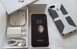 Immaculate iPhone 6 - 64Gb - Complete Set