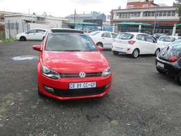 Polo 6 sunroof 14 Model 2013,5 Doors factory A/C And C/D Player