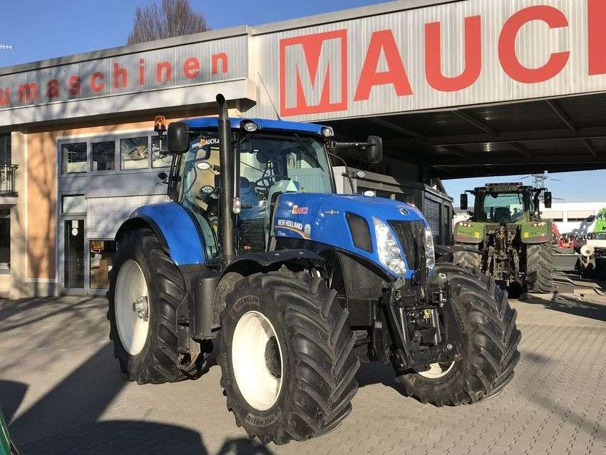 New Holland T7.220 Auto Command - 2012
