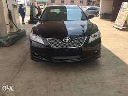 Super Clean Toyota Camry Sport 2007 Leather available for just N2.850m