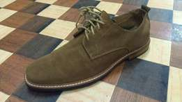 a MARCS premium suede leather derby size 44(uk 10)