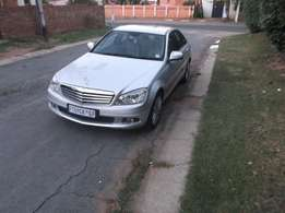 2009 Mercedes-Benz 220 CDI Low Millage and Accident Free