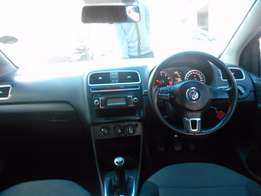 On Special 2010 Volkswagen Polo 6 1.4 Comfort Line 70,860km Manual