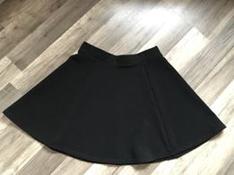 b73c7e016582d3 Czarna nowa rozkloszowana spódnica H&M 38 M srebny zamrek prążkowana