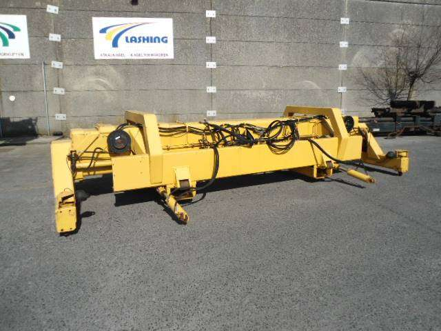 Cascade Spreader 20-40 Feet