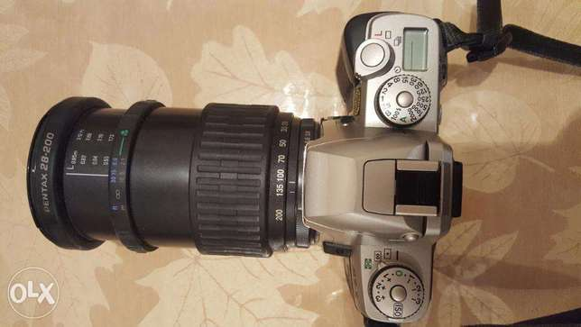 Camera Pentax MZ-5 Film Camera and Pentax zoom Lens كاميرا بينتاكس ام