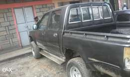 Toyota hilux double cab KAM, manual diesel