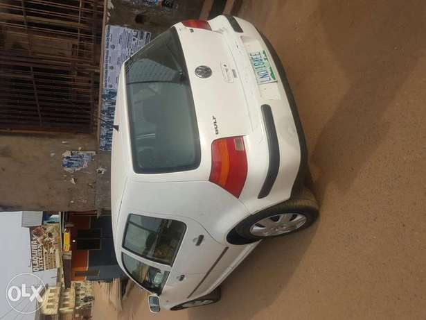 Volkswagen golf4 first body buy and drive Ibadan North - image 7