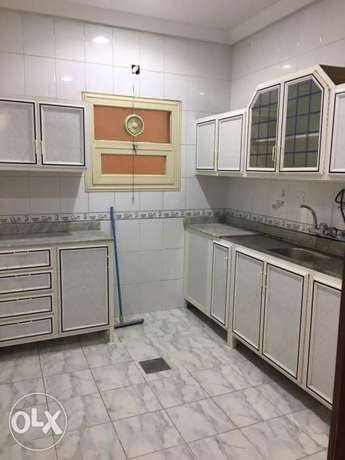 super deluxe villa flat for rent in mangaf المنقف -  3