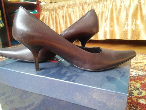 Продавм взуття Італія  200 грн. - Жіноче взуття Львів на Olx 90a7def2d72bc