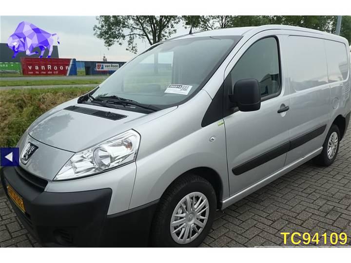 Peugeot Expert Euro 5 - 2012