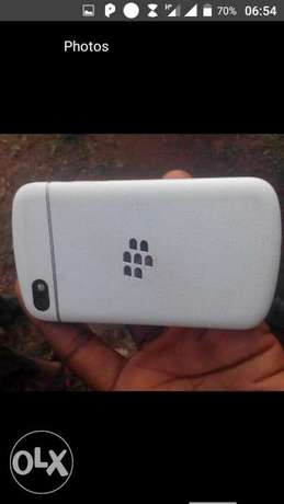 Blackberry Q10 neat Ibadan Central - image 6