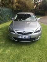 2013 opel astra 1.6 ,conforline ,leather seat ,in very good condition
