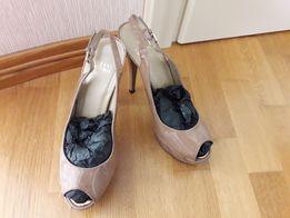 Крутые брендовые туфли